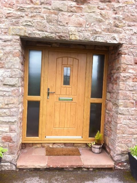 Irish Oak Rockdoor - English Cottage door with square lead & 2 S/P's
